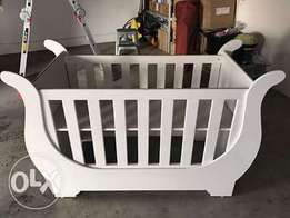 Beautiful slay cot for sale