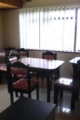 Brand new table and chairs : R 1450 Westville - image 6