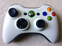 Xbox 360 Controller Ltd Edition • Play and charge kit