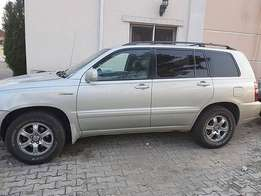 Neatly used Toyota Highlander 2005 for sale