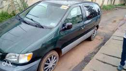 Toyota sienna Tokunbo_ up for grab* just imported