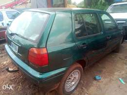 A neatly used Golf 4 for sale at a give away price.