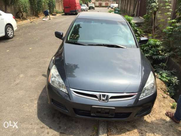 2007 Model Honda Accord Tokunbo Ifako Agege - image 5