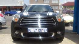 2014 mini cooper country man available for sale