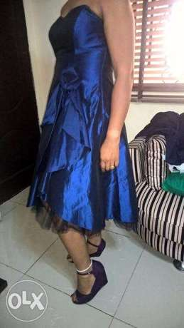 Captivating Bue DEBENHAM Gown, adorned with FRONT flower pattern.SIZE Wuse II - image 5