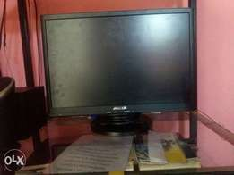 selling a flat screen meccer monitor