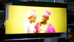 32 inch TCL Smart and digital tv on offer