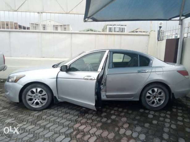 Honda Accord 2009 Lagos Mainland - image 3