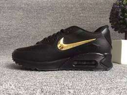Nike Air Max Black Gold (42)