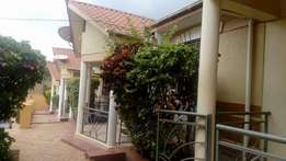 nice 2 bedroom house in Najeera at 600k