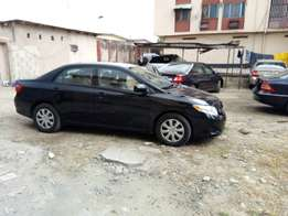 Tokunbo 2009 Toyota corolla LE for 2.85M