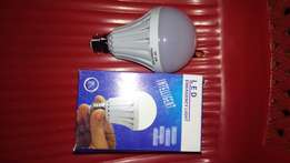 9W LED rechargeable Smart bulbs at 500