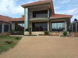 Kisasii. Exceptional mansion for sell at 918m