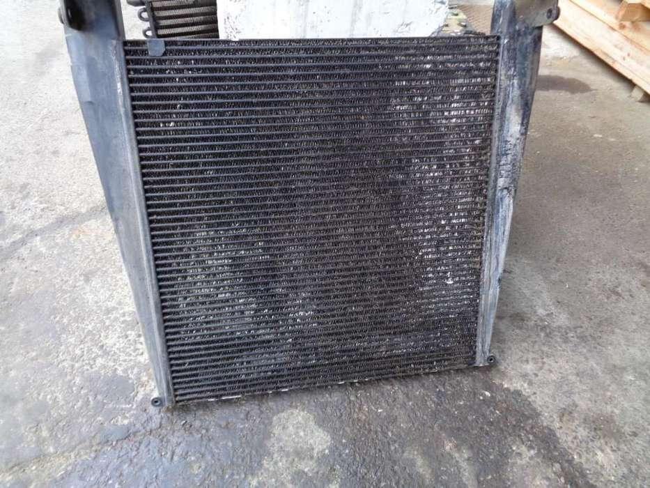 New Holland Radiator Intercooler Engine Cooling Radiator For
