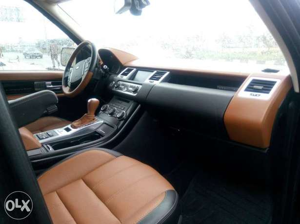 2012 Range Rover Sport Autobiography (FOREIGN USED) Lagos Mainland - image 3