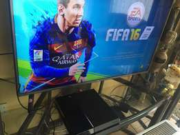 PS4 500gb for sale with FIFA 16.Great condition