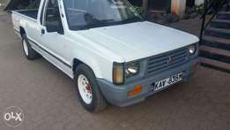 Mitsubishi l200 kav diesel engine local asking 850k