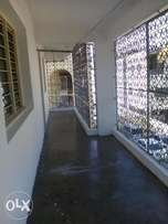 Spacious old school 3br T.s.s mosque
