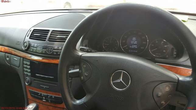Very clean Mercedes Benz E270 CDI ON sale Highridge - image 6