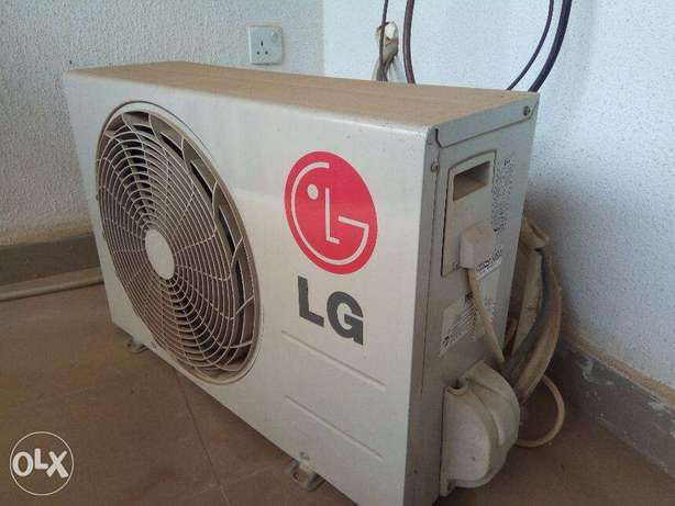 1.5 HP LG Air Conditioner - Mosquito Away And Volt Care Ibadan South West - image 4