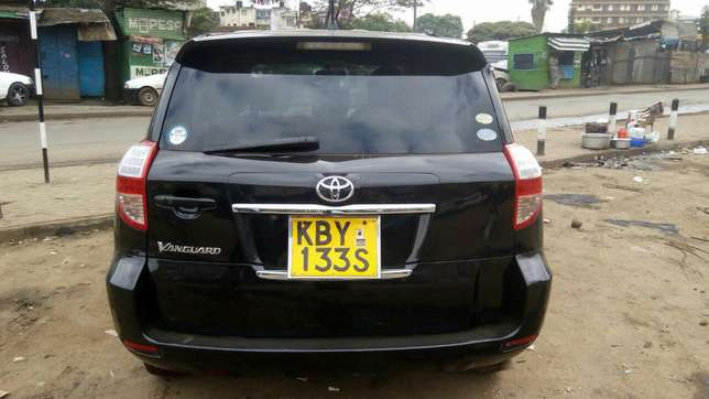 Extra clean Toyota Vangurd pure leather seats Just buy and drive Nairobi CBD - image 3
