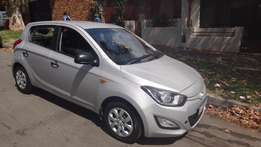 immaculate 2013 Hyundai i20 1.4fluid silver colour with only 44000km