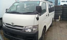 Manuel diesel 7L Toyota Hiace: cash or hire purchase