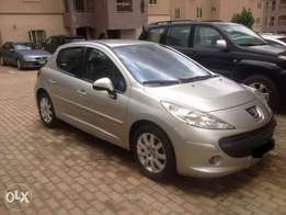 Very clean and Sharp Peugeot 207 for quick sale