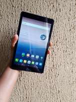 Affordable strong Alcatel tablet with charger