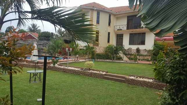 Nnalya paradise mansion for sale at 1.53b Kampala - image 1