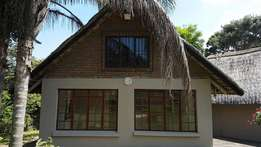 Cute Little 1 1/2 Bedroom Apartment in Uvongo TO RENT!