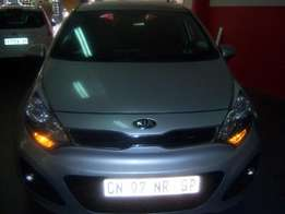 KIA RIO 1.4. 2013 with Excellent Interior.