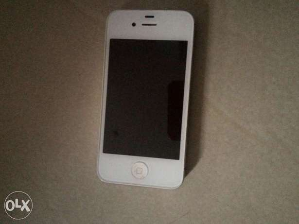 IPhone 4 for sale in good condition. Obio/Akpor - image 2