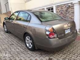 Nissan Altima 2004 Up for grab, neatly used