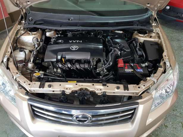 Toyota Axio Gold colour KCM number 2009 model loaded with alloy r Mombasa Island - image 6