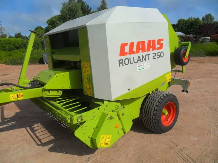 Claas rollant 250 - 2003
