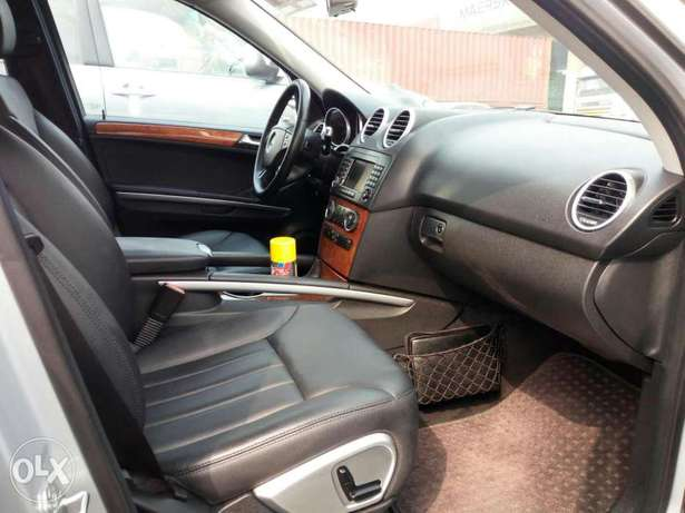 Foreign used 2007 Mercedes Benz Ml350 4matic. Direct tokunbo Apapa - image 4