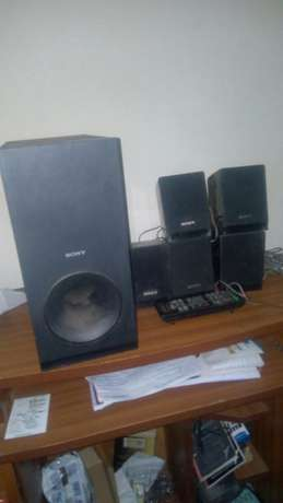 Sony hometheatre speakers and remote Kasarani - image 4