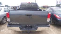 Neat Toyota tundra for sell direct genjuan