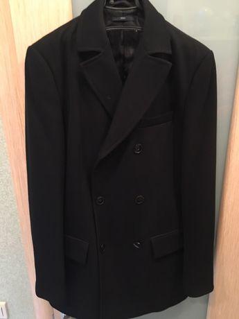 Чоловіче пальто  650 грн. - Чоловічий одяг Петрівське на Olx 38503119ba04e