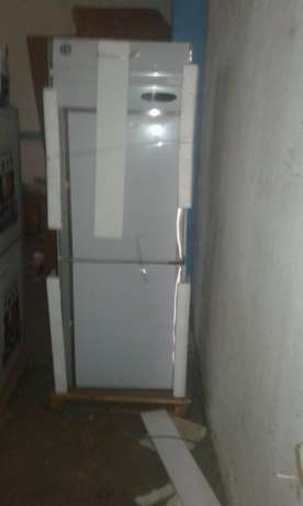 Stainless steel Upright 2 door chiller Industrial Area - image 3