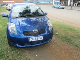 Toyota yaris 1.4 2006 Model,5 Doors factory A/C And C/D Player