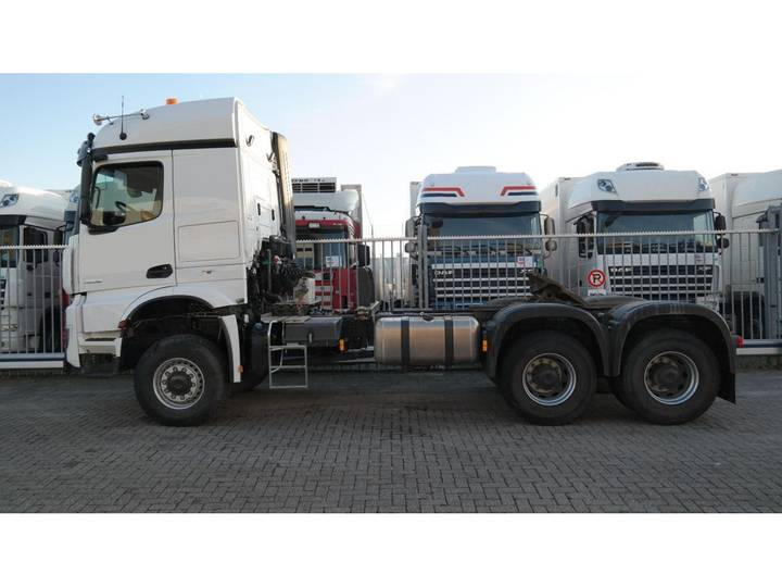 Mercedes-Benz AROCS 3352 180 tons push and pull HEAVY DUTY 6X6 EURO 6 9... - 2016