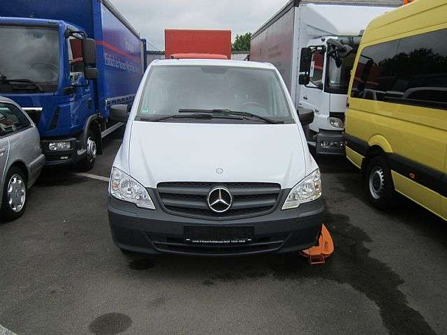 Mercedes-Benz Vito 113 Mixto 5 Sitze Klima Navi AHK LKW - 2013 - image 2