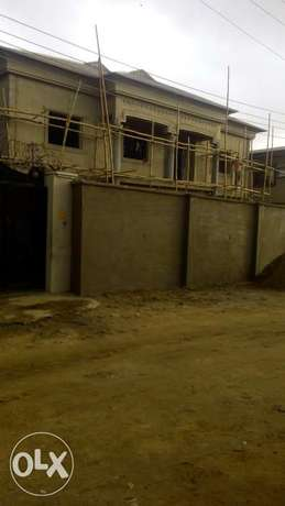 Now Letting : Newly built Executive 2bedroom & mini flat at Lasu Rd Lagos - image 2