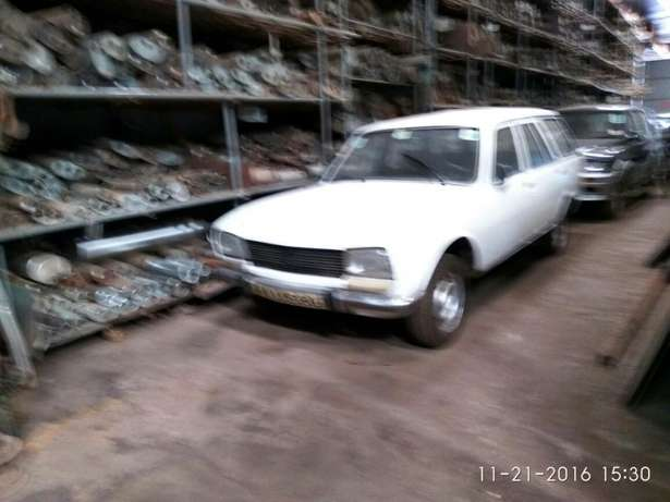 Peugeot 504 Station Wagon Classic for Sale Industrial Area - image 1