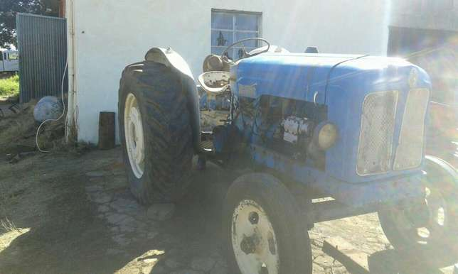 Fordson Tractor Brits - image 2