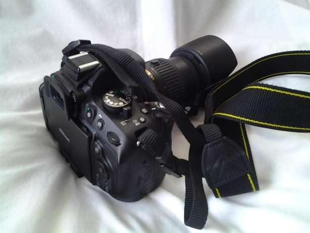 Almost Brand New Nikon D5200 with 18-55mm VR II Lens Miramar - image 4