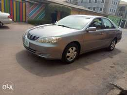 Super clean Toyota Camry 2006 (2month register)