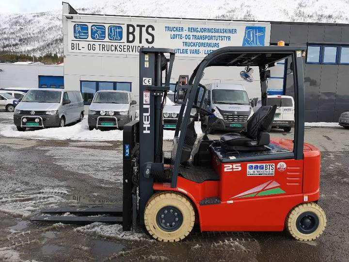 Heli Cpd25-gd2 (g) - 2,5 Tonns El. Truck (på Lager) - 2019